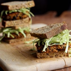 Chipotle Pumpkin Black Bean Burgers