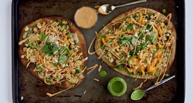 Sriracha Peanut Naan Pizza - Looking for a flavorful dinner that comes together FAST? Look no further than this Sriracha Peanut Naan Pizza! @cookinRD | sarahaasrdn.com