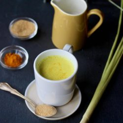 Lemongrass Turmeric Latte