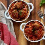 Baked Spinach Turkey Meatballs | sarahaasrdn.com