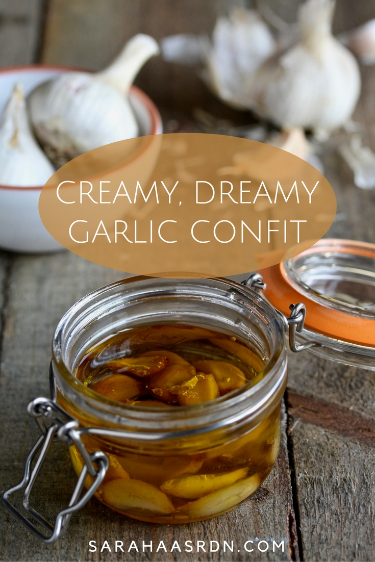 Think confit is something you can only get at restaurants? No way! Learn how to make this super easy, addictive Garlic Confit! @cookinRD | sarahaasrdn.com