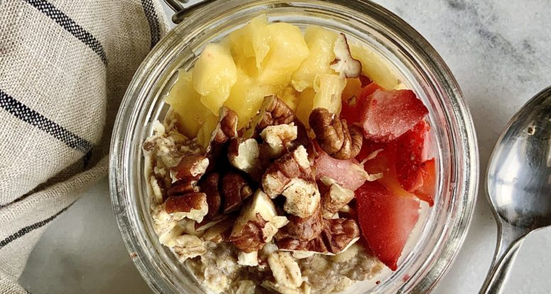 Easy Fruity Overnight Oats