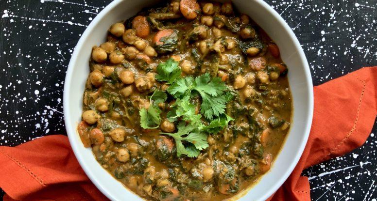 Coconut Spinach Chickpea Bowl | sarahaasrdn.com