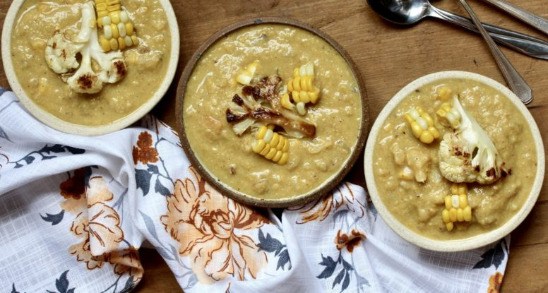 Roasted Corn & Cauliflower Chowder | sarahaasrdn.com