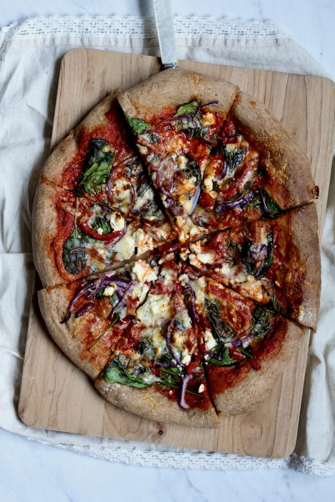 roasted red pepper pizza | sarahaasrdn.com