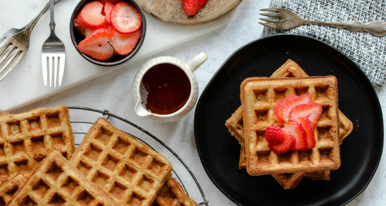 Buttermilk Whole Wheat Waffles | sarahaasrdn.com