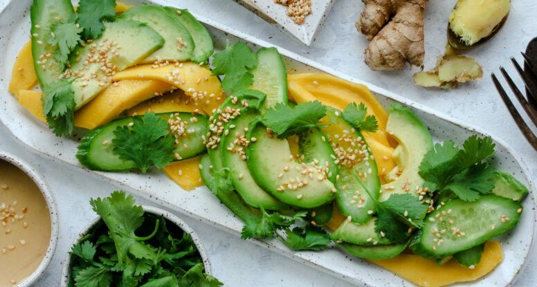 Avocado Cucumber Salad | sarahaasrdn.com
