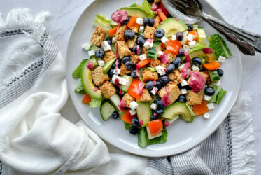 Blueberry Summer Salad | sarahaasrdn.com