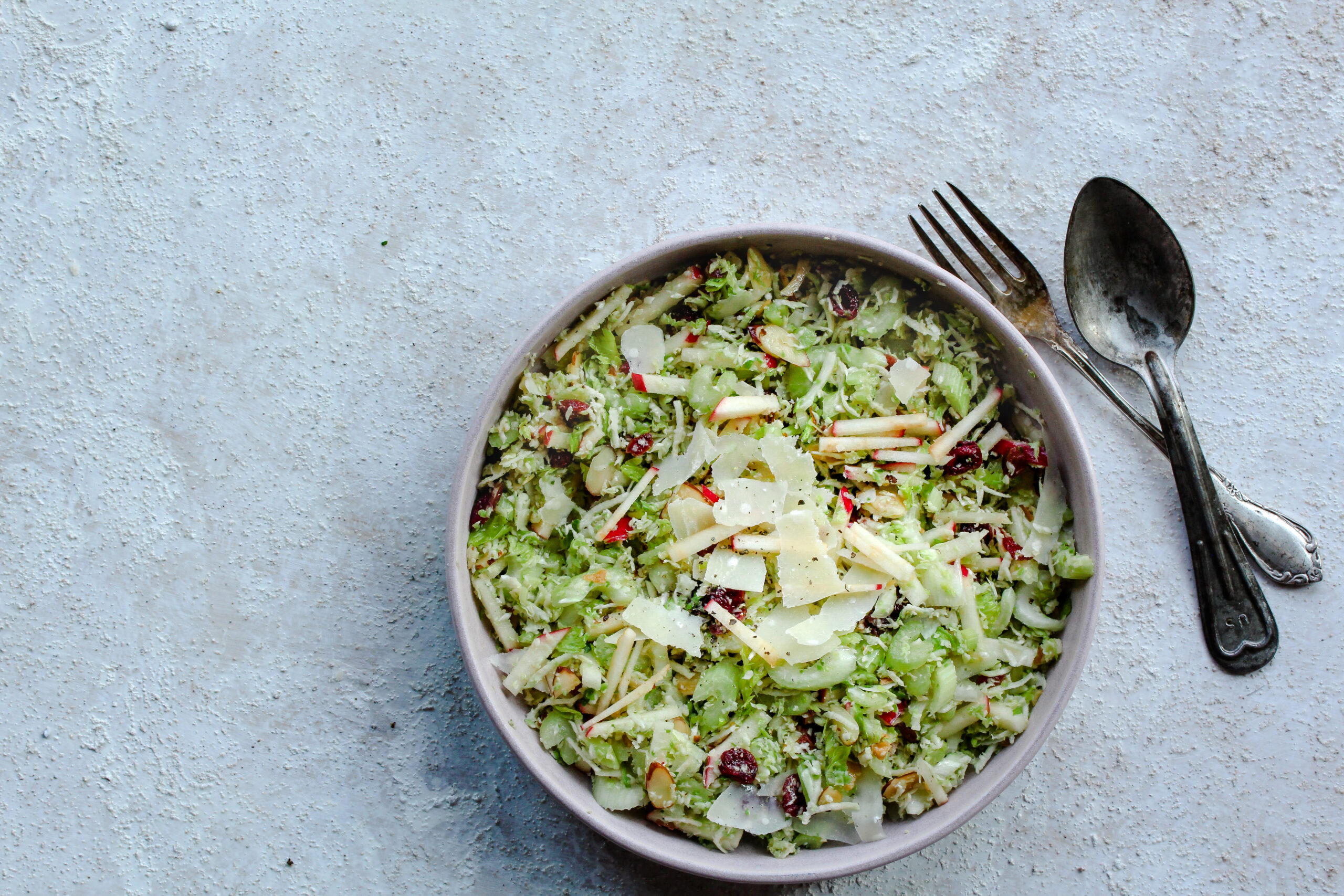 Crunchy Brussels Sprouts Salad | sarahaasrdn.com