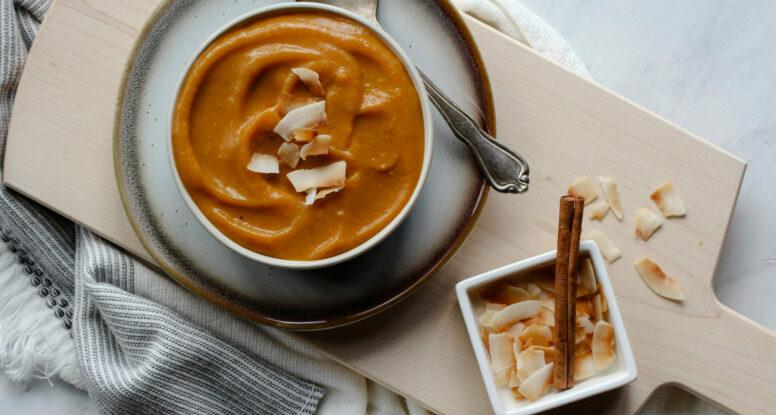 Roasted Butternut Squash Coconut Soup | sarahaasdn.com