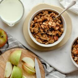 Apple Crumble Granola